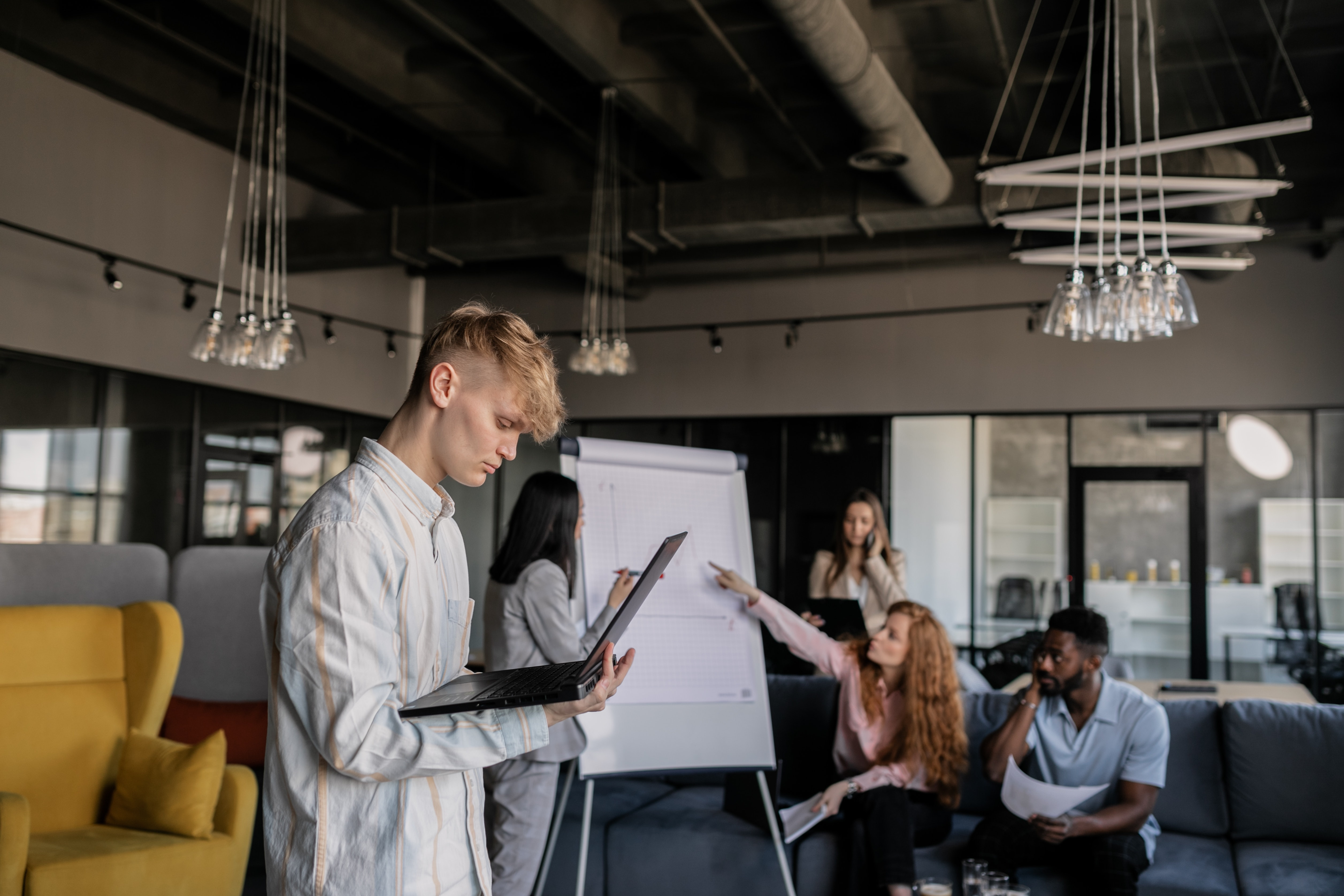 Creating an Effective Workplace Communication Strategy