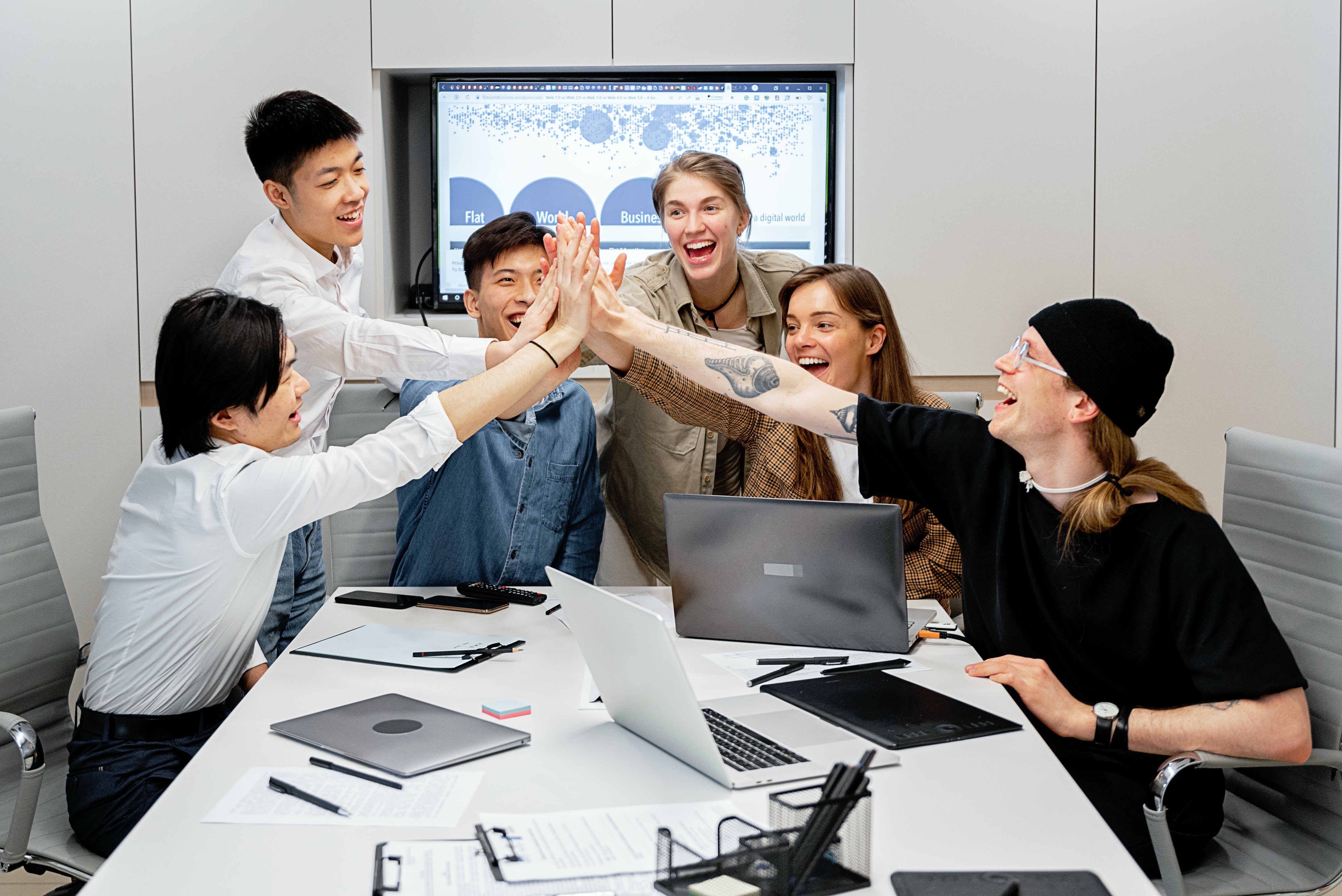 6 Ways Technology Companies Can Boost Morale